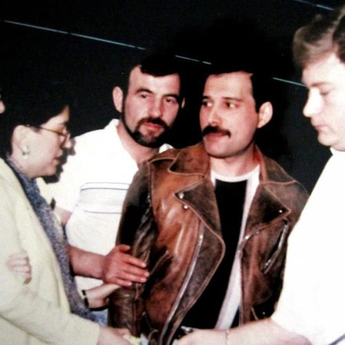 Freddie Mercury And Partner Jim Hutton In Unseen Candid Pics