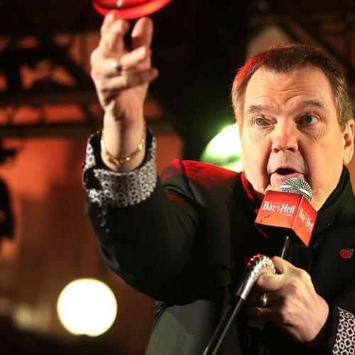 Meat Loaf Falls Off Stage And Breaks Collarbone
