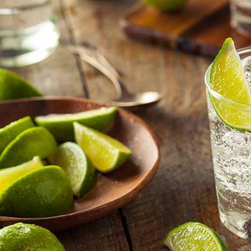 Science Says Drinking Gin And Tonic Will Cure Your Hay Fever