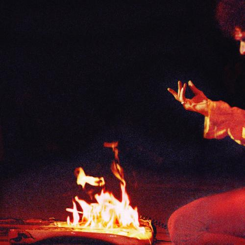 Amanda Reveals How Hendrix Really Set His Guitar On Fire!