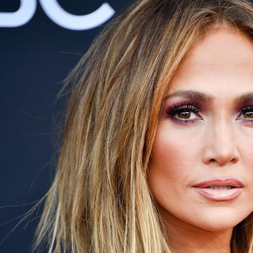 J.Lo's Latest Bikini Photo Has The Internet Going Crazy