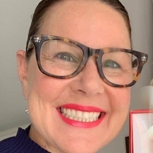 Julia Morris Sends Australia Crazy After Posting Photo