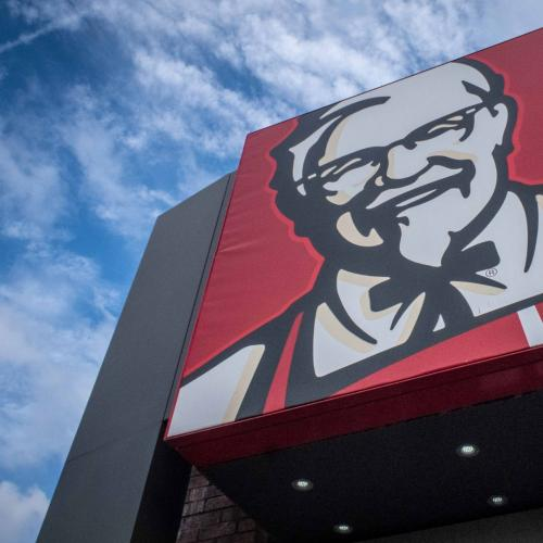Kfc Want To Pay You $11K To Name Your Baby After The Colonel
