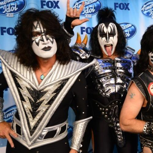 Paul Stanley Aims To Peel Away Rockstar Image With New Book