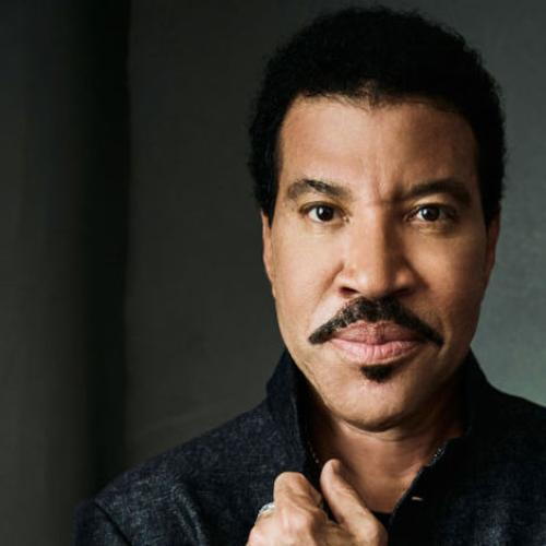 Hello! Jonesy & Amanda Speak With Lionel Richie
