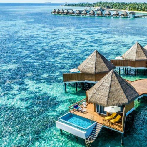Get Cheap Flights To The Maldives, Athens & Singapore