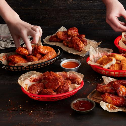You Can Score $1 Wings All Week At Pizza Hut