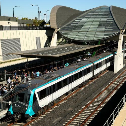 Sydney metro: breakdown between cherrybrook and epping