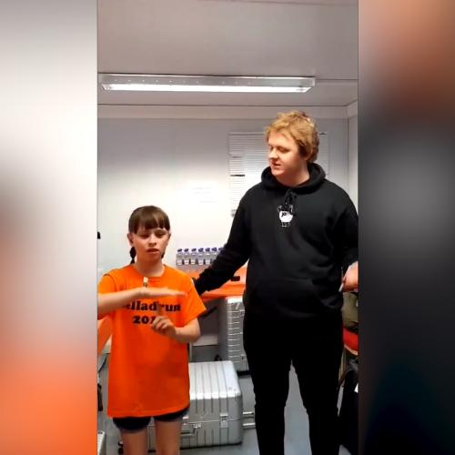 Scottish Singer Lewis Capaldi's Inspirational Duet With Deaf 10-Year-Old Fan