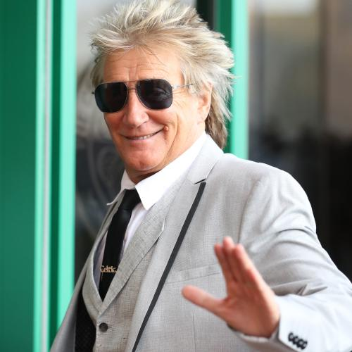 Rod Stewart Has 'Mothers Reunion' With His Wife... And Three Exes