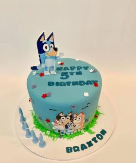 http://Cakes%20By%20Jade%20(Facebook)