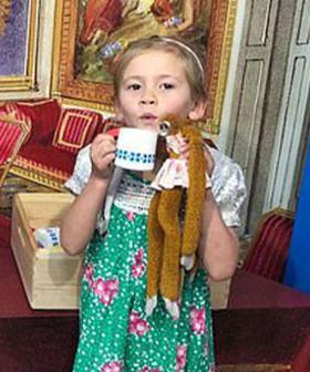 Queen Returns Toy Monkey Lost At Buckingham Palace To 5-Year-Old Aussie Girl