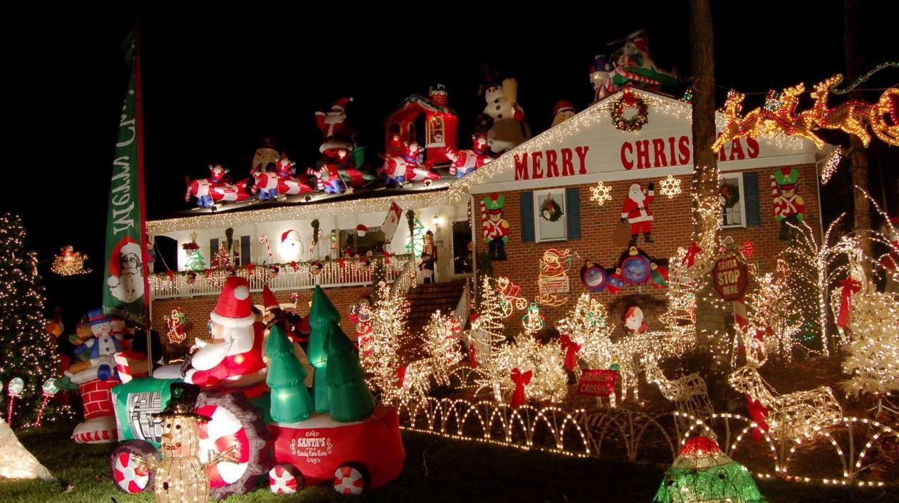 tacky-christmas-decorations