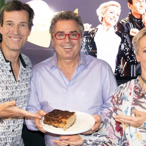 The Brady Bunch's Christopher Knight Taste Tests Alice's Famous Meatloaf