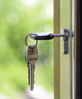 Real Estate Agents Who Tell Tenants To Pay Rent With Their Super Could Face Jail Time