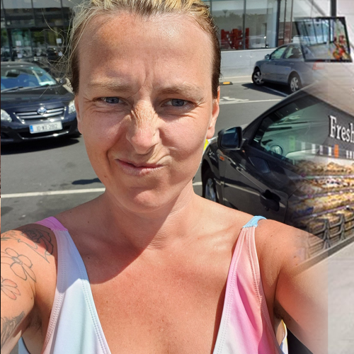 Woman Shocked After She's Told To 'Wear Something Different' At The Supermarket By Staff Member