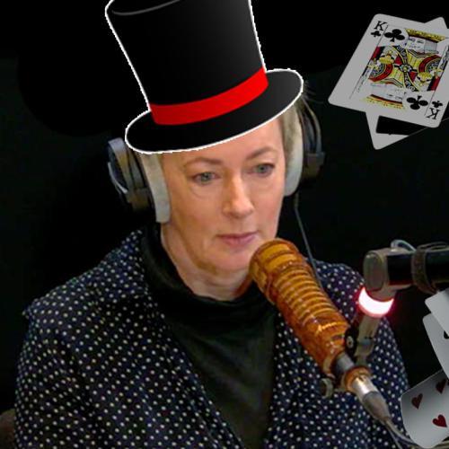 Magic Tricks With Amanda Keller