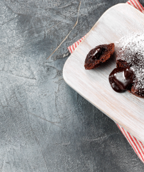 9,000 Free Hershey's Lava Cakes Are Up For Grabs!