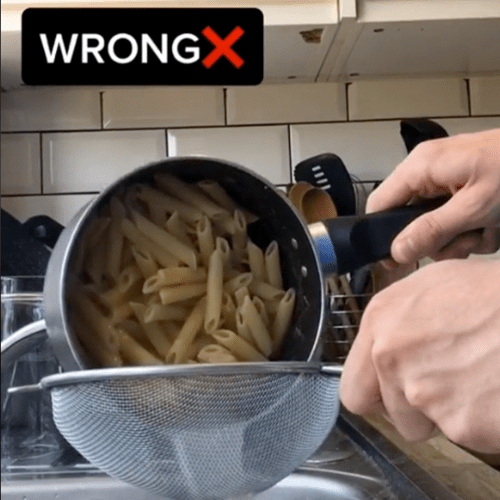 According To The Internet, This Is The Correct Way To Strain Pasta