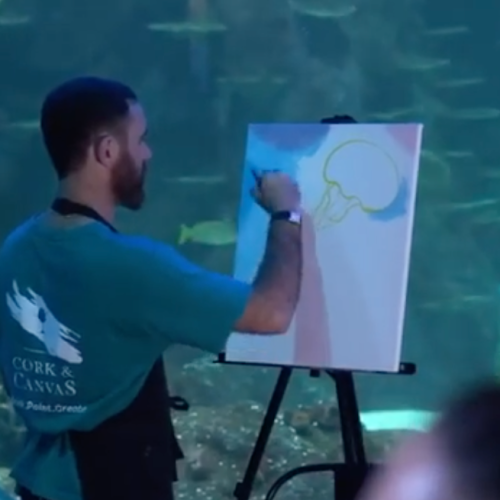 The Aquarium Is Doing Bottomless Paint + Sip Classes With The Fishies!