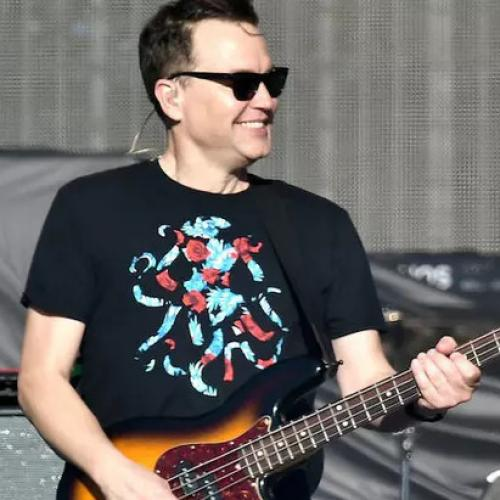 Mark Hoppus Shares Throwback Picture That Reveals Peculiar Physical Difference