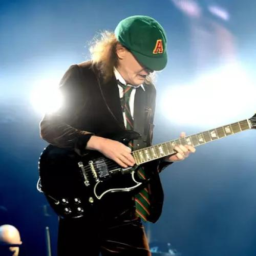 AC/DC Leaks And Then Deletes Photos CONFIRMING Comeback