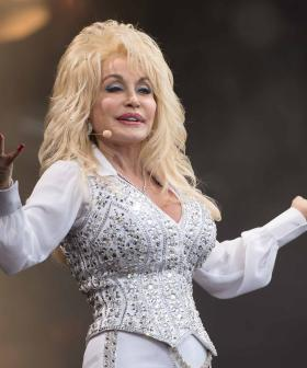 """I Wrote The Song On My Nails"": Dolly Parton Wrote '9 To 5' While Bored"