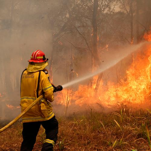 Australians Warned To Expect Longer, More Extreme Fire Season And Increased Temperatures