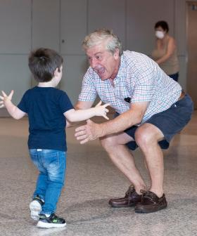 Emotional Reunions As Queensland Reopens To Sydneysiders