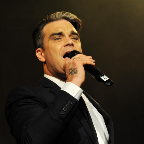 Robbie Williams Reportedly Tests Positive With Coronavirus