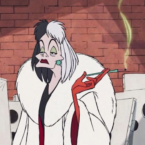 Here's Your Jaw Dropping First Look At Emma Stone's Cruella De Vil