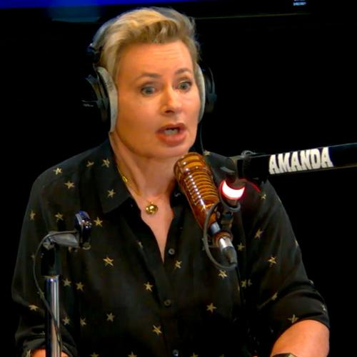 """""""I Looked Like The Doll On A Toilet Roll"""": Amanda Keller's Hilarious Wisdom Teeth Removal Story"""