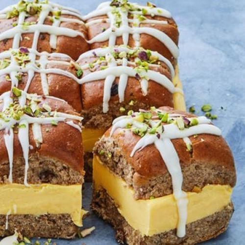 'Taste' Has Come Through AGAIN With These Hot Cross Bun Vanilla Slices