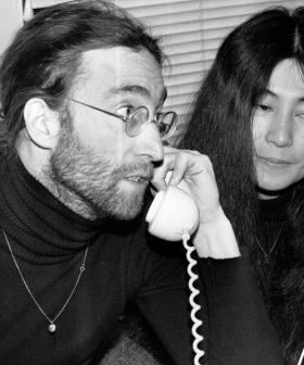 """""""Where The F--k Are Ya?"""": The Day Leo Sayer Received A Call From John Lennon"""