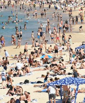 Sydneysiders Flock To The Beach Despite Soaring COVID Cases