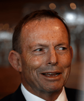 """Former PM Tony Abbott Fined $500 For Not Wearing A Mask And Calls It """"Un-Australian"""""""